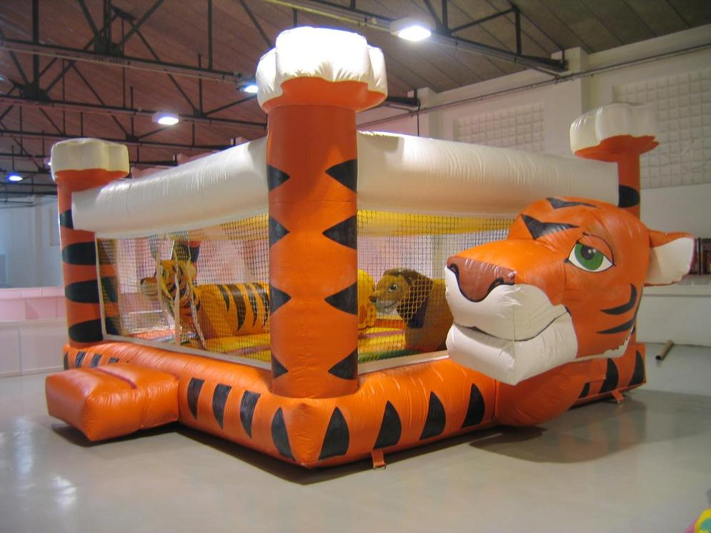 LLOGUER INFLABLE TIGRE www.medirflash.cat