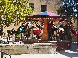 ALQUILER ATRACCIÓN CARRUSEL MANUAL MEDIEVAL www.medirflash.com