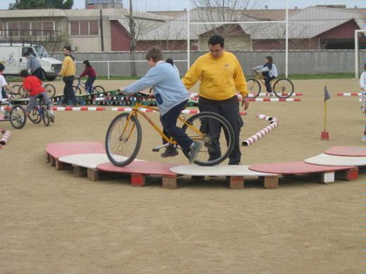 Gimcana d'habilitats amb bicicletes