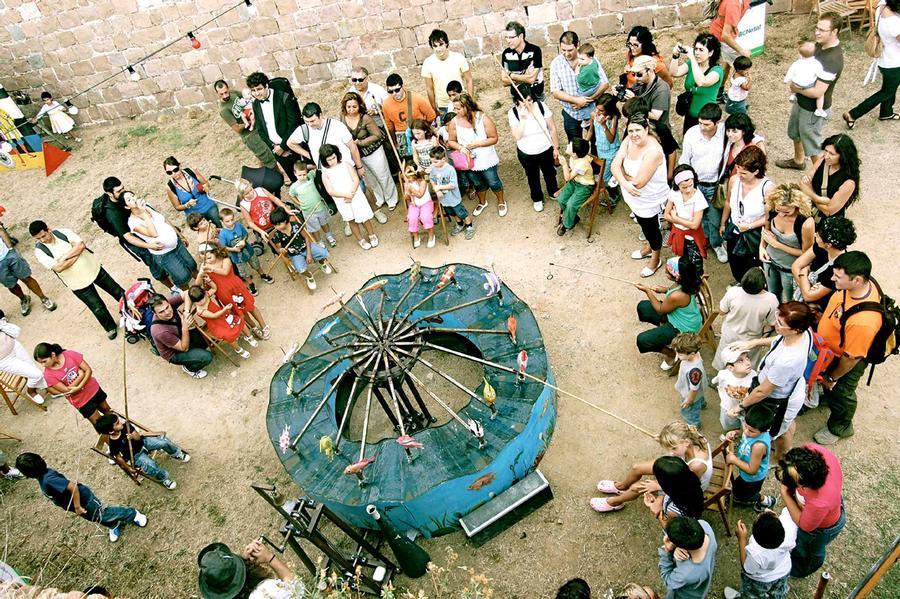 ALQUILER ATRACCIÓN MANUAL PESCA DE PECES www.medirflash.com